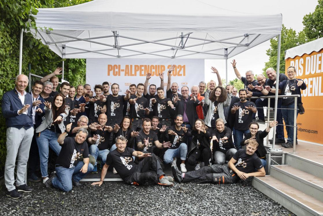 Das gesamte   PCI-Alpencup-Team   2021